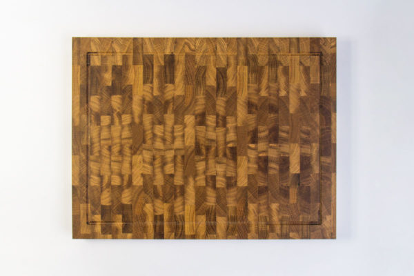 Gauchas Large End Grain Cutting Board with a juice groove top 1