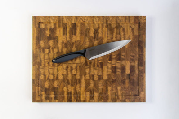 Gauchas Large End Grain Cutting Board with a juice groove top 2