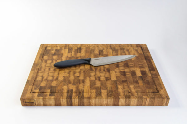 Gauchas Large End Grain Cutting Board with a juice groove top bottom 1