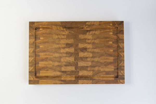 Gauchas End Grain Cutting Board with a juice groove top 2